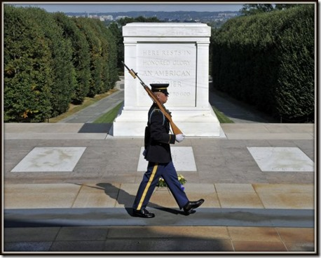 The-Tomb-of-the-Unknown-Soldier-arlington-us